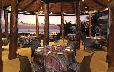 Hard-Rock-Cancun-Dining